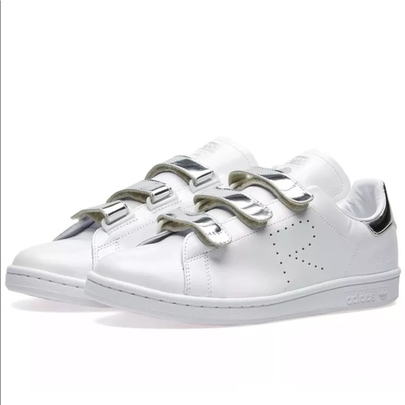 new product 19ab4 83b42 Raf Simons x Adidas Stan Smith Metallic Silver